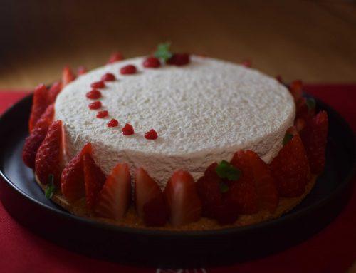 Cheesecake με φρέσκες φράουλες